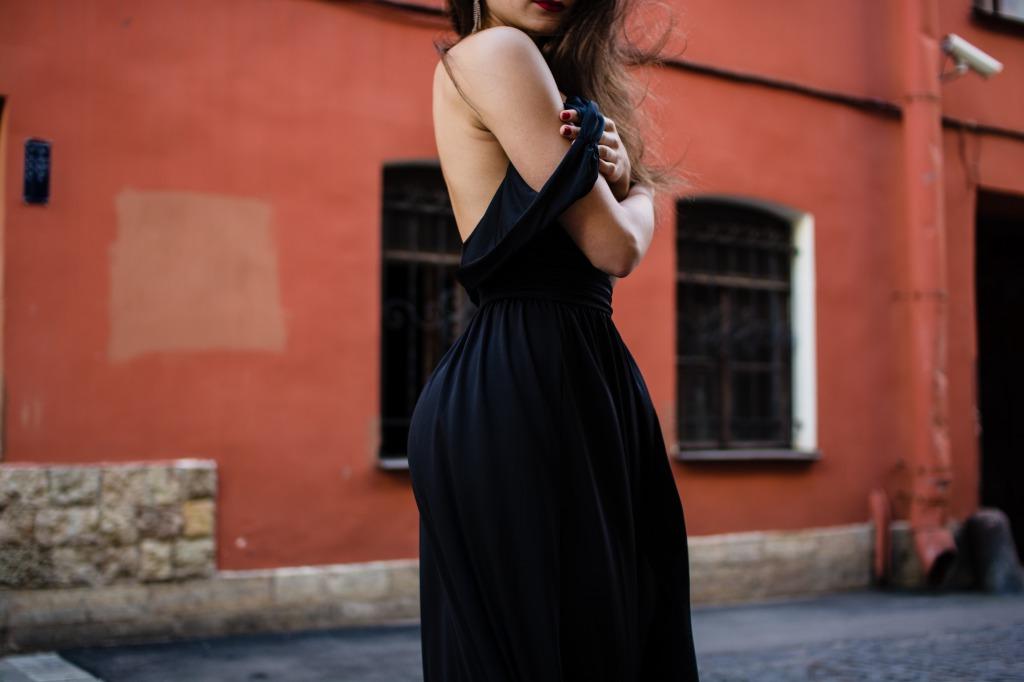 結婚で年齢は重要?フランス人男性には「女性らしい外見」を鍛えるべし