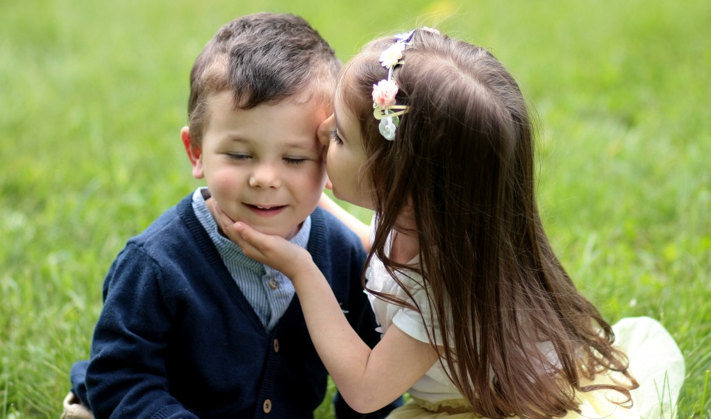フランス人の友達のキスと恋人とのキスの意味の違いとは?